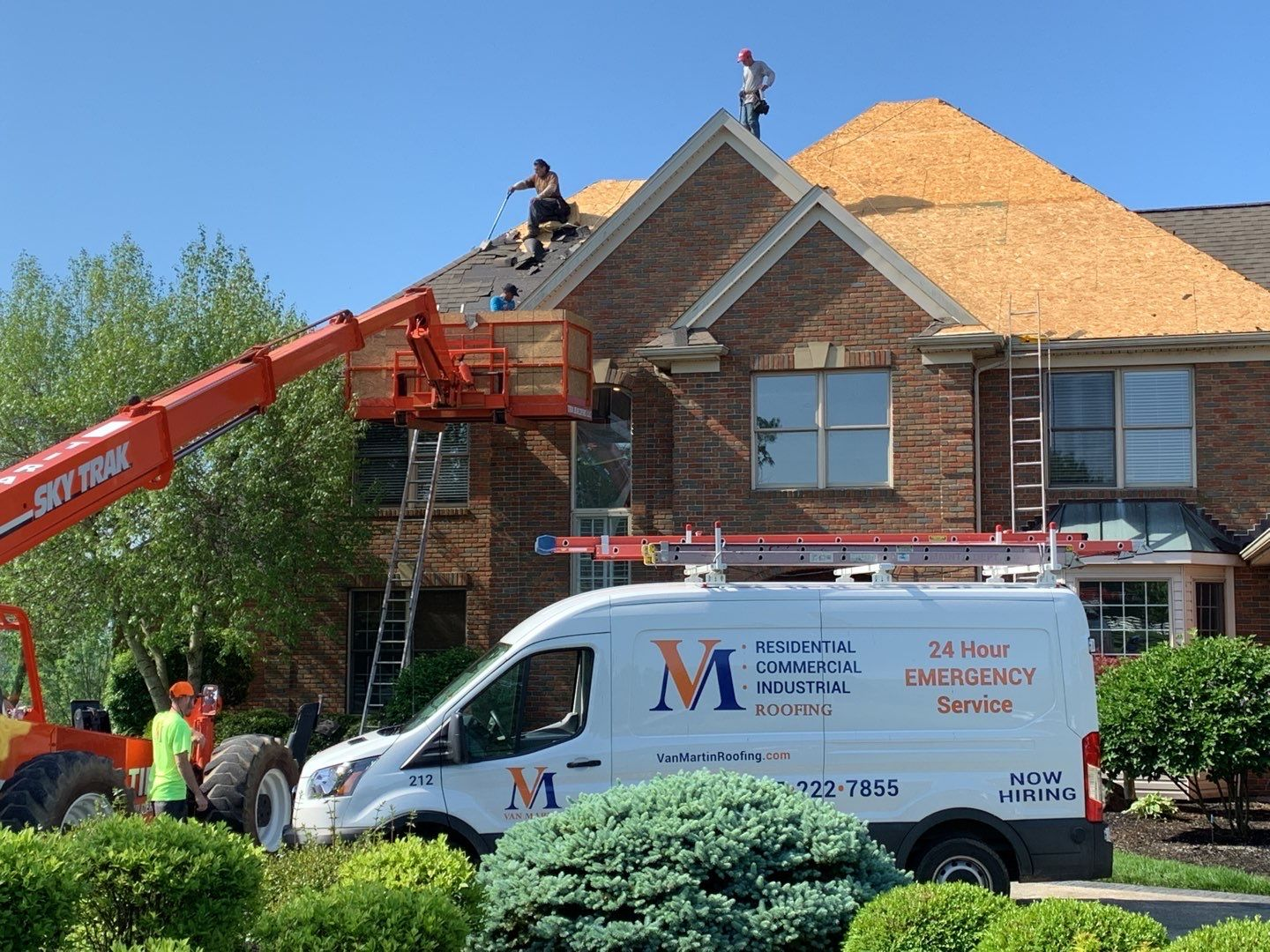 roofing contractors Dayton Ohio, roof replacement, metal roofing